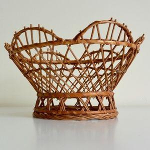 Rattan Round Pedestal Basket